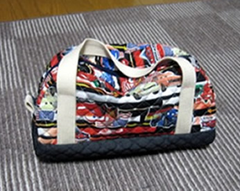 カーズの残り布で作ったスクールバッグ