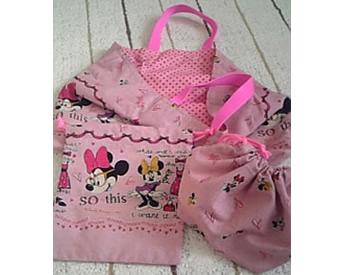 ミニーちゃんの生地で作った手提げバッグ、巾着袋、お弁当袋