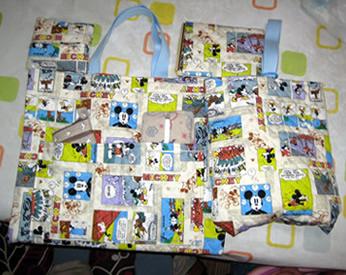 ミッキーの生地で作ったバッグ、ブックカバー、小銭入れ