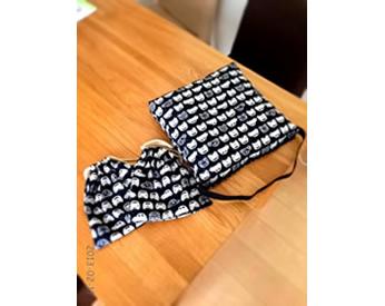 車の生地で作った入学カバンと巾着袋