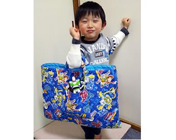 トイストーリーの生地で作った手提げバッグ