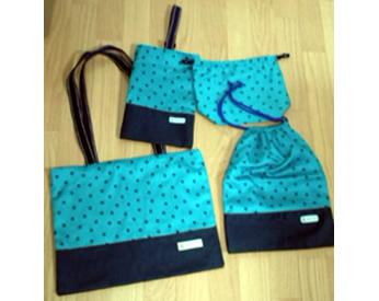 水玉柄の生地で作った絵本バック、上靴袋、弁当袋、お着替え袋!