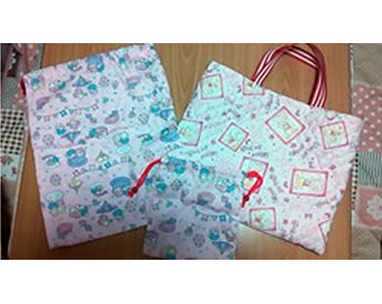薄ピンクの生地で作った雑巾と手提げ&巾着袋☆